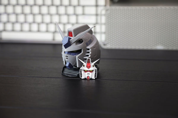 """RX78 White"" Pin"