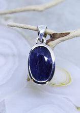 Load image into Gallery viewer, Sapphire Faceted Pendant