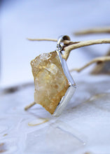 Load image into Gallery viewer, Citrine Raw Pendant