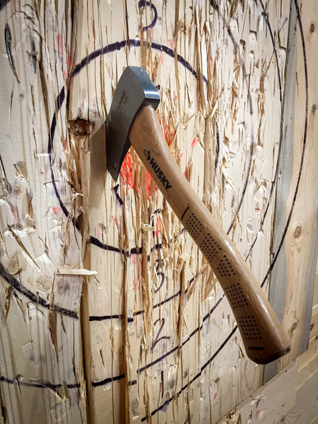Want to Combine a Fun Night Out with Drinks and Recreation? Axe-Throwing is a Great Bet!