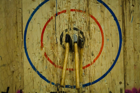 axe throwing target at lumberjaxe in ottawa ontario canada