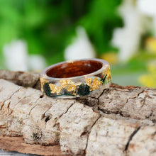 Load image into Gallery viewer, Handmade Wood Resin Flowers & Plants Embedded  Ring