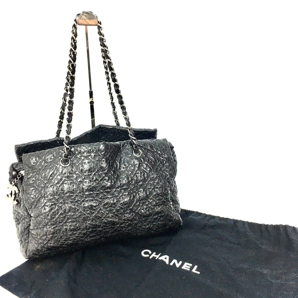 Chanel black patent leather rock in Moscow tote bag