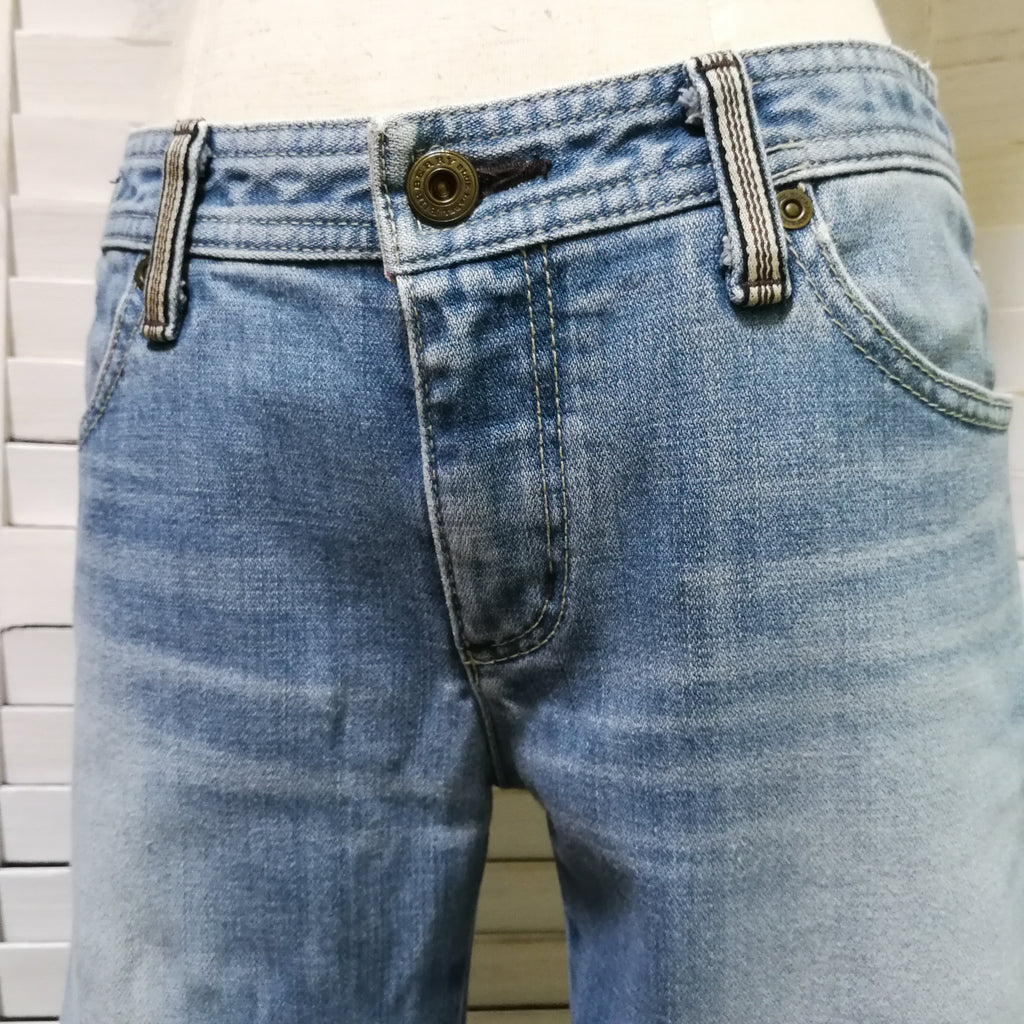 Burberry Blue Label 3/4 length jeans