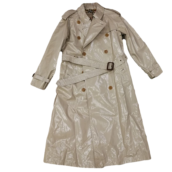 Burberry S18 illuminated trench coat