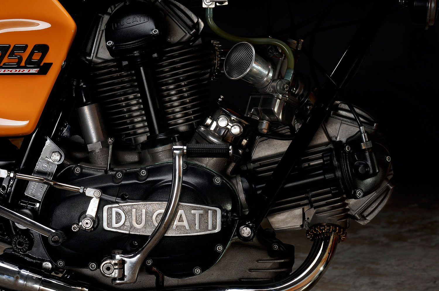 Revival Cycles Custom Build 1973 Ducati 750 Sport Hsus Darmah Wiring Loom Getting This Polished Legendary Roundcases Finishes Back To Factory Spec And Perfect Wasnt Easy