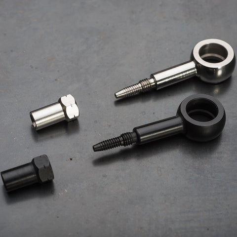Straight 10mm straight banjo fittings in black and stainless