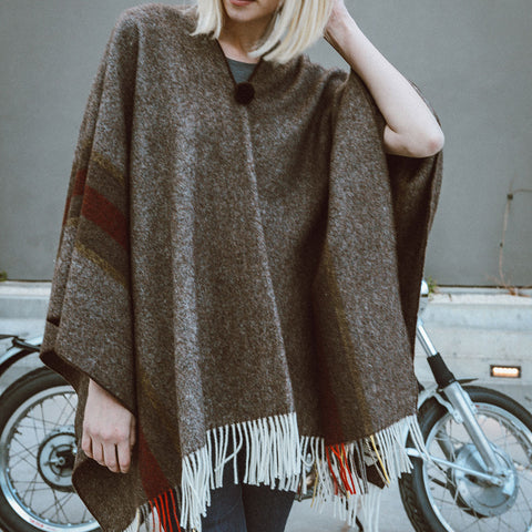 El Solitario Short Poncho - Brown