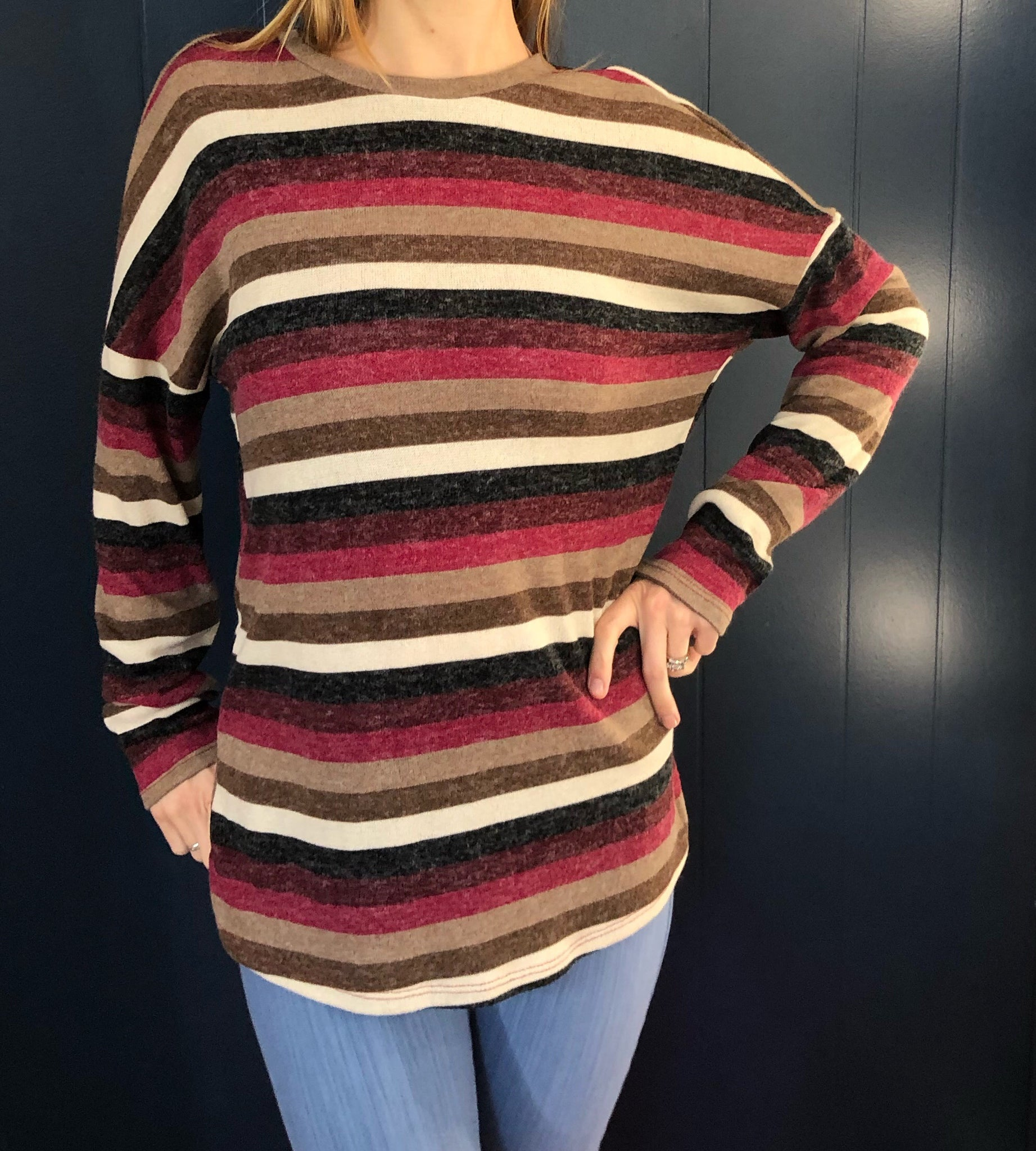 TWISTED KNIT LONG SLEEVE STRIPED TIARA TOP