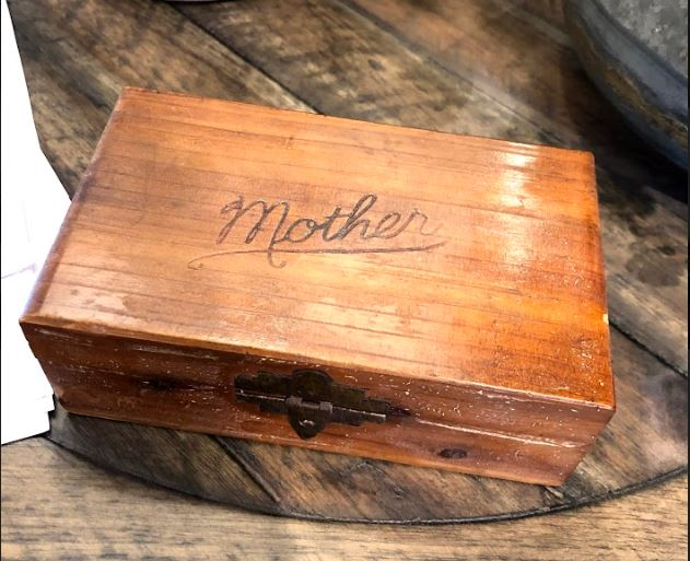 Vintage Mother Jewelry Box - Mix Home Mercantile