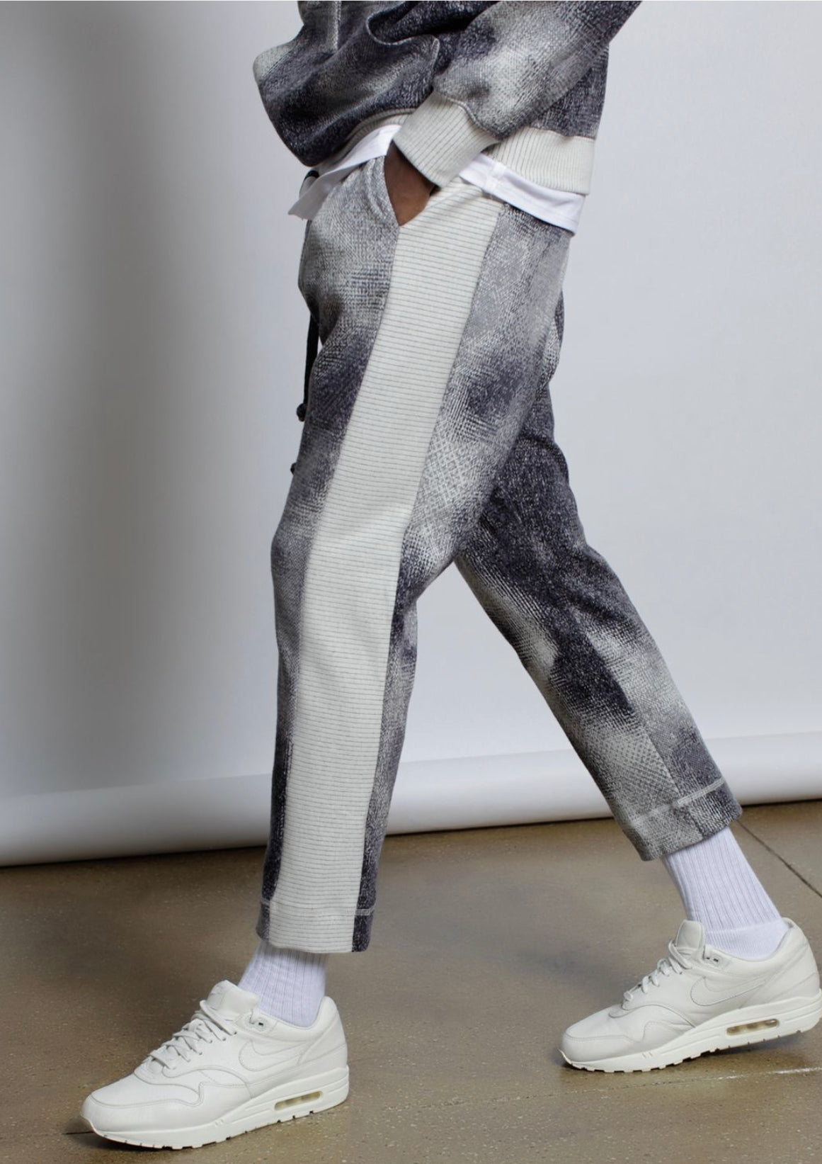 "Hyper Reality Knit ""Thermal Imaging"" Pant"
