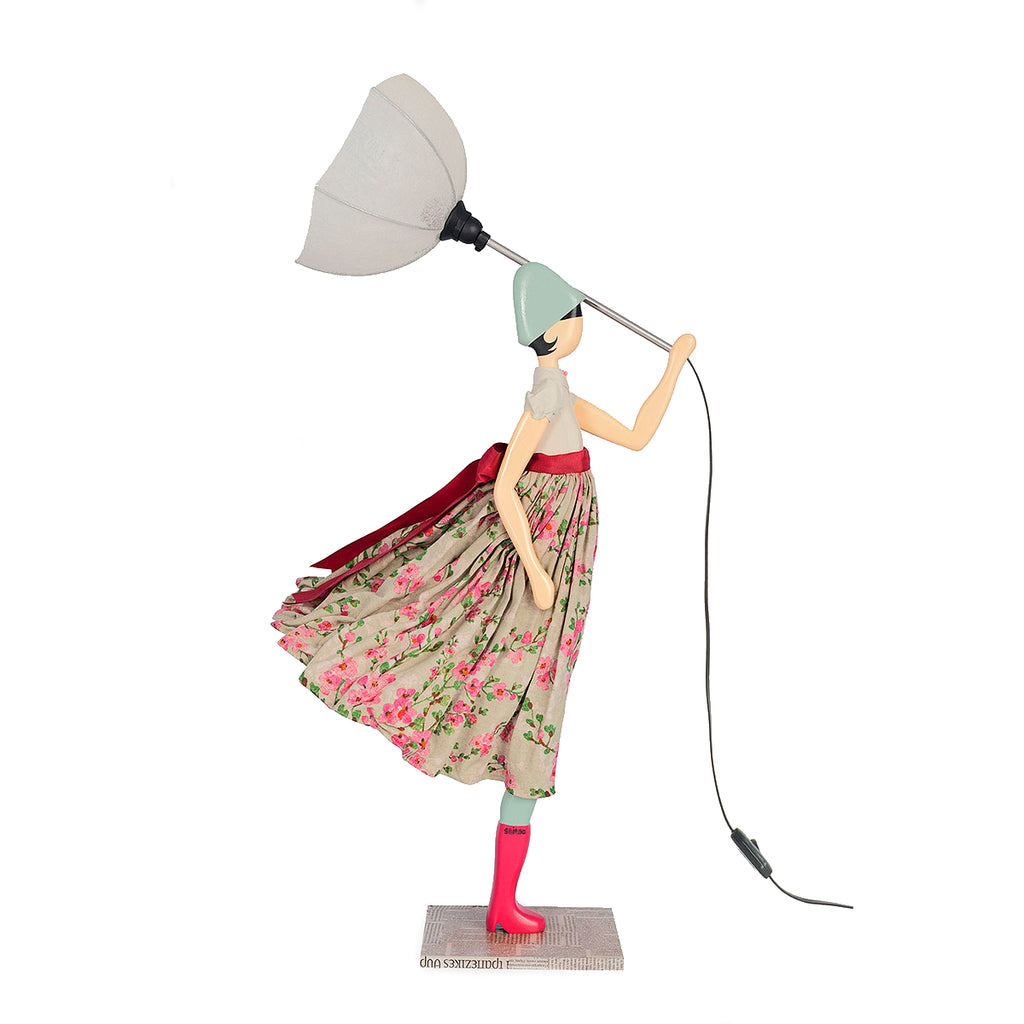 Skitso Lady Lamp with beige blouse and umbrella - Bentley's House of Gifts