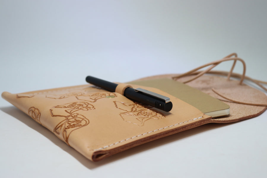 """Paniolo with her Pua"" Leather Clutch with Notebook & Pen - Margaret Rice Studio"