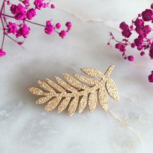 Broche feuille or