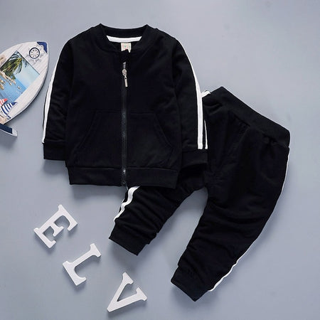 Ensemble jogging duo