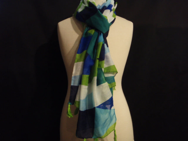 Green/Navy Abstract Print Poly Cotton Blend Stole
