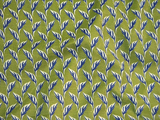 Swaying Leaf - Polycotton Print
