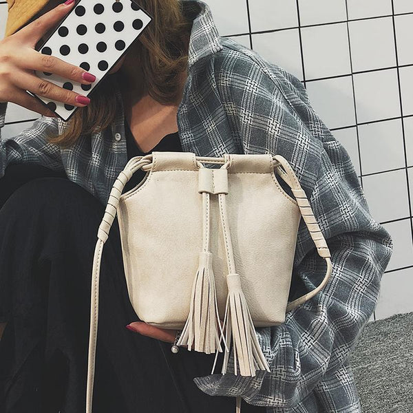 Retro Fashion Casual Plain Fringe Bucket One Shoulder Bag