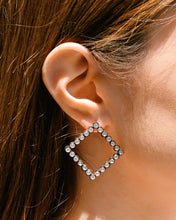 Load image into Gallery viewer, MOOI Earrings