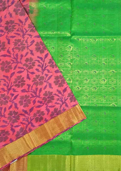 Pochampally Soft Silk Saree Pink & Green color with Floral Design Folded View Fasnic