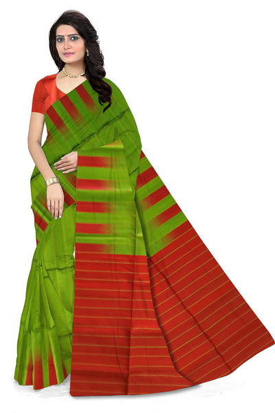 Fascinating Green & Red Lightweight Handloom Dye Soft Silk Saree front view