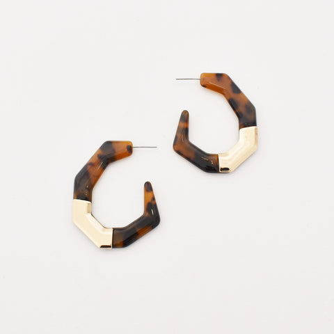 Metal Detail Geo Resin Hoop Earrings (Gold) - Alexa Nice