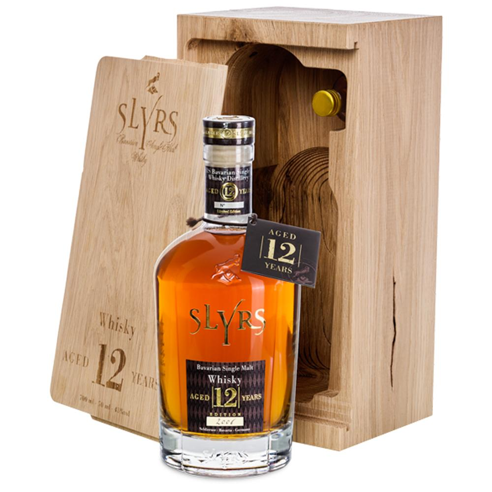 SLYRS Single Malt Whisky Aged 12 Years 43% vol. 0,7 l + 0,05 l im Eichenholzblock - INSELLIEBE Store - Insel Usedom