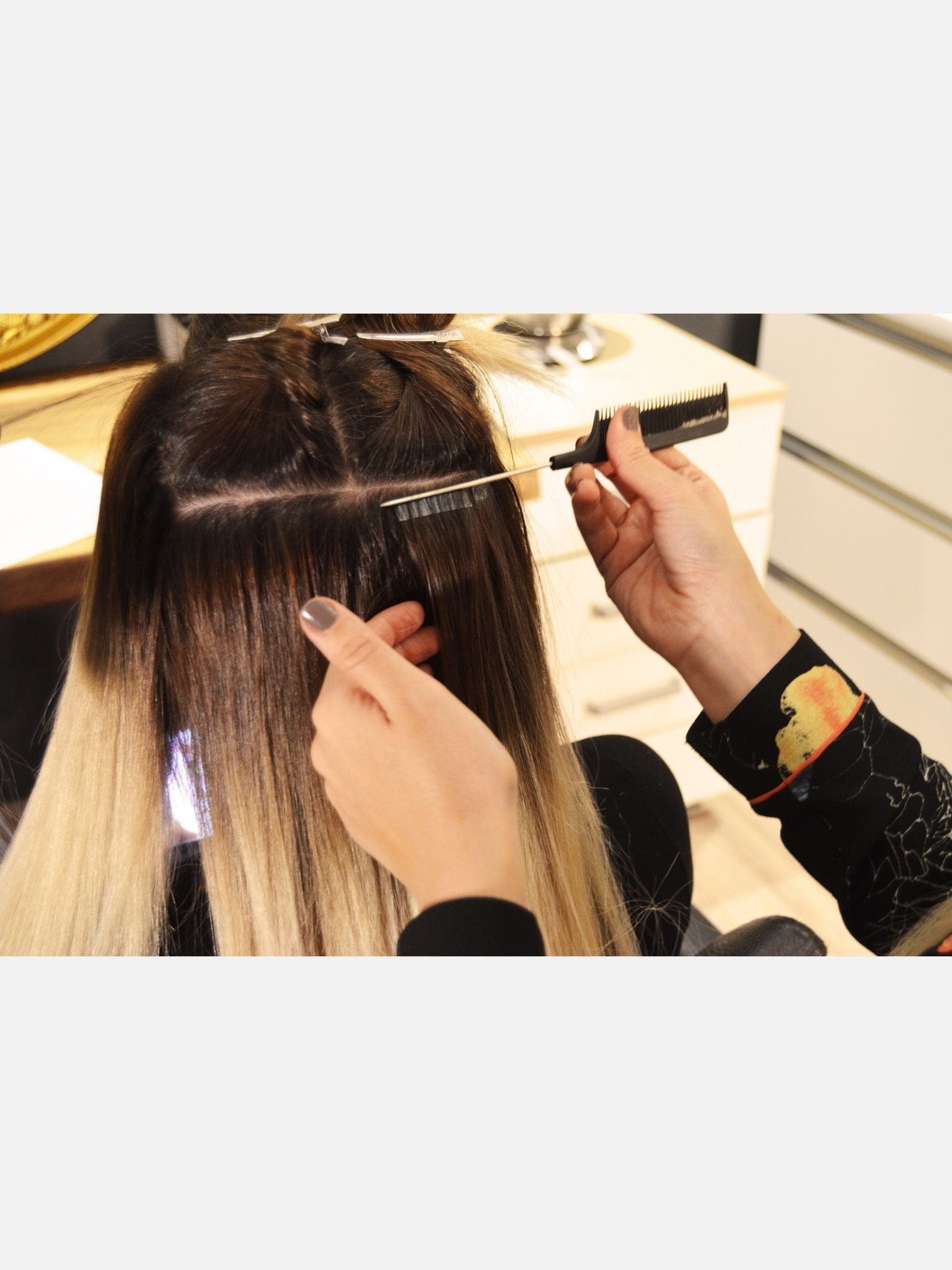 Seamless Tape-In Hair Extensions - Scandalous Ombre #4/613