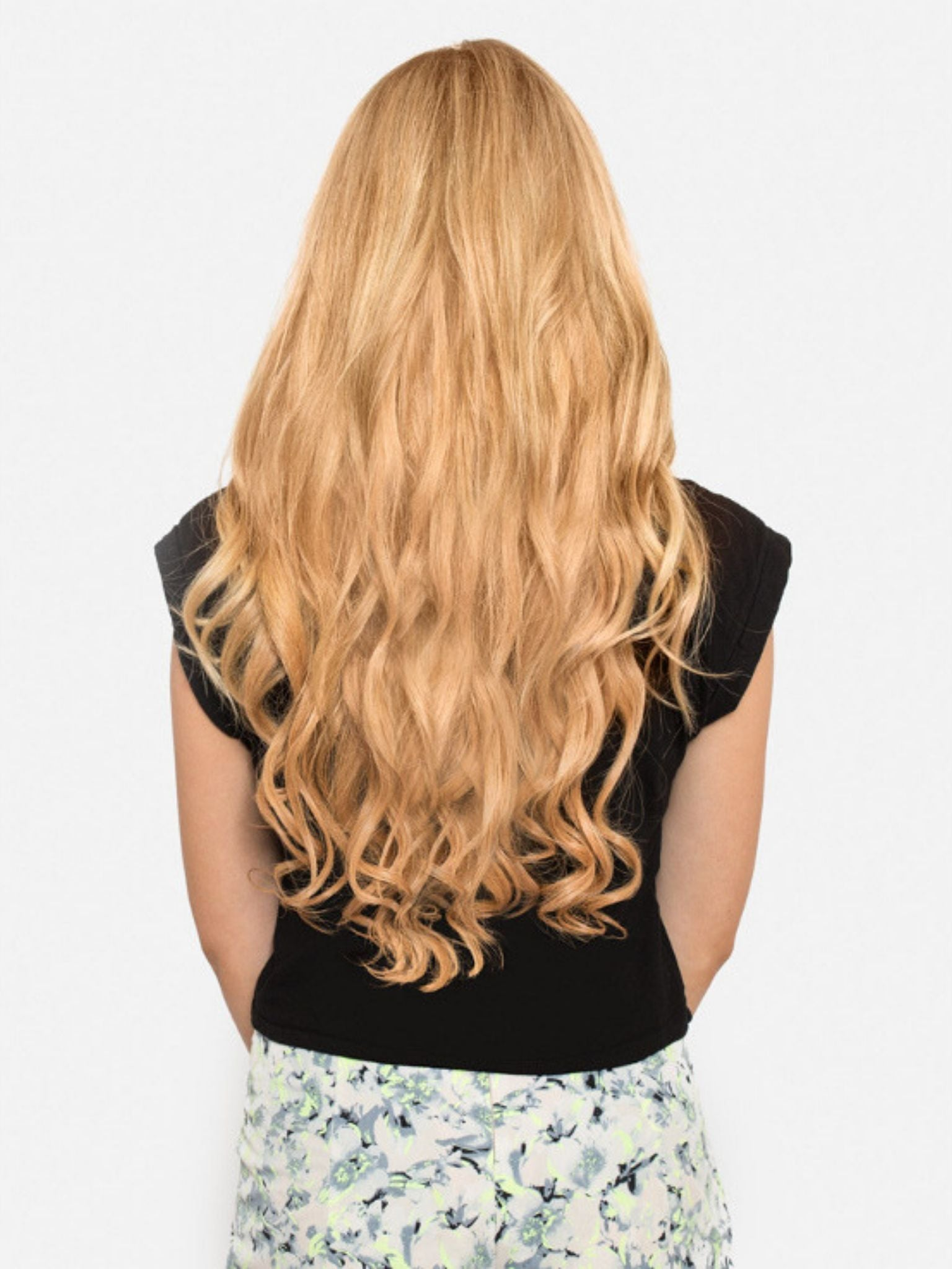 Seamless Tape-In Hair Extensions - Strawberry Blonde #16