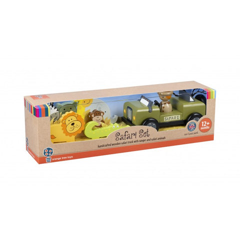 Image of the wooden safari set in the presentation box.