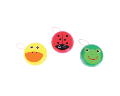 Choose from Ladybird, Duck and Frog for these bright wooden yoyos