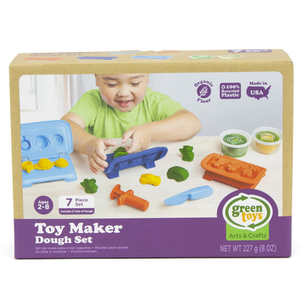 A great seven piece dough making set that helps little ones experience shaping, sculpting and creating.