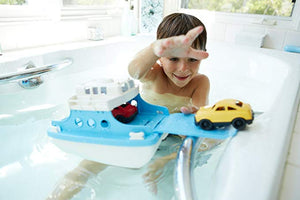 Have some planet friendly bathtime fun with this ferry made from recyled plastic milk bottles