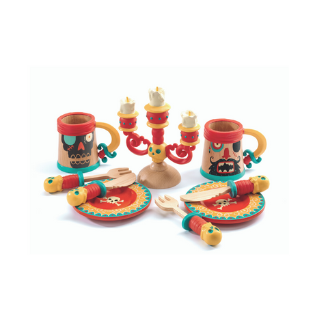 Wooden Pirate Dinner Set from Djeco