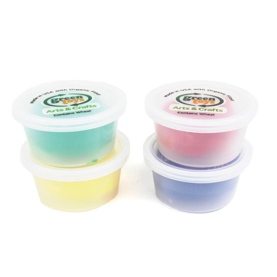 This set features four different coloured pots of play dough made with organic flour