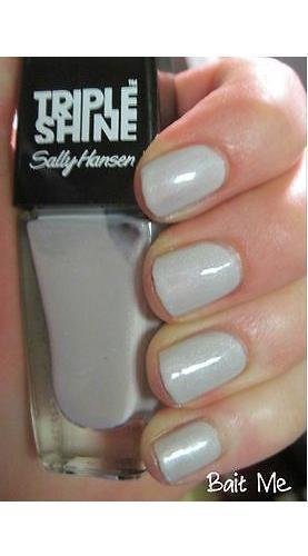 SALLY HANSEN -  #110 BAIT ME - TRIPLE SHINE NAIL COLOR, Nail Polish, Sally Hansen, reddonut.com