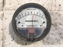 Load image into Gallery viewer, Dwyer Magnehelic W48Z EB Differential Pressure Gauge