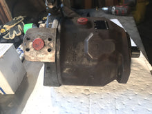Load image into Gallery viewer, Rexroth VARIABLE DISPLACEMENT HYDRAULIC PUMP AA10VS071DFR R902400347