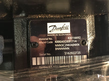 Load image into Gallery viewer, Danfoss series 45 Pump 83016692 KR-R-045D-EB-20-10-NNN-3-C3BK-A6N-KNB-NNN-NNN