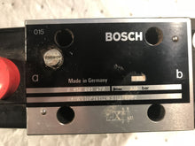 Load image into Gallery viewer, Bosch Valve 0 810 001 470 081WV10P1V112WS115760B0 062