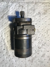 Load image into Gallery viewer, Parker Hydraulic Motor TE0230MS280AAAB