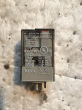 Load image into Gallery viewer, AB 700-HA32A1 Series D CONTROL RELAY