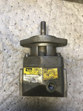 Load image into Gallery viewer, Parker m4b01510s2ONv high speed hydraulic motor