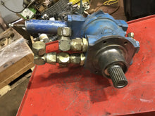 Load image into Gallery viewer, Commercial Hydraulics PM500/MS/D22 88254278 pump