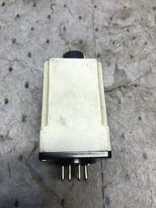 Allen Bradley 700-HV32DA1 Timing Relay