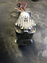 Load image into Gallery viewer, CNH VIAIR Compressor 35030 474056R 14HN125