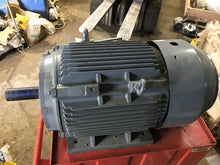 Load image into Gallery viewer, electric motor 003634 286t 30 HP rpm 1800