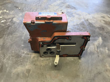 Load image into Gallery viewer, Moog 62-528B ELECTRO-HYDRAULIC SERVO VALVE