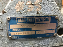 Load image into Gallery viewer, Hagglunds Denison Vane Motor m4e 214 3n00 B502 m4e2143n00B502