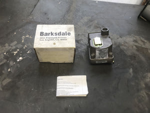 Barksdale Pressure or Vaccum Actuated Switch D1T-A3SS